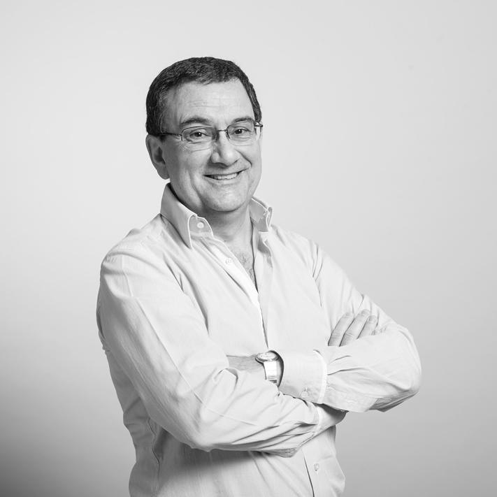 Roberto Pilar Alberdi BAMeko irakaslea